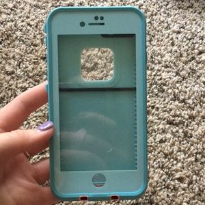 Teal iPhone 7/8 life proof phone case